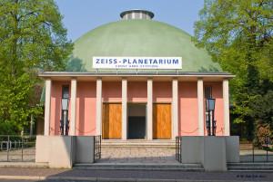 gruss-flachdach-zeiss-planetarium-6
